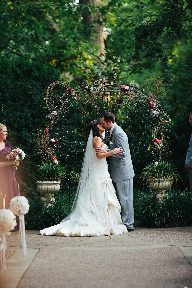 Nashville_Wedding_Photographers__665.jpg