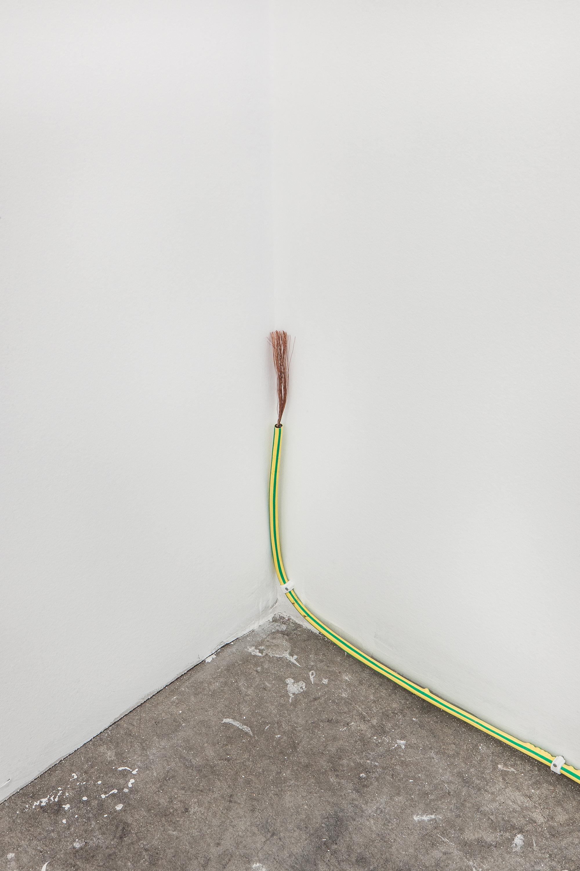 Untitled , 2018, copper, polyolefin, 0.64 x 970.3 cm
