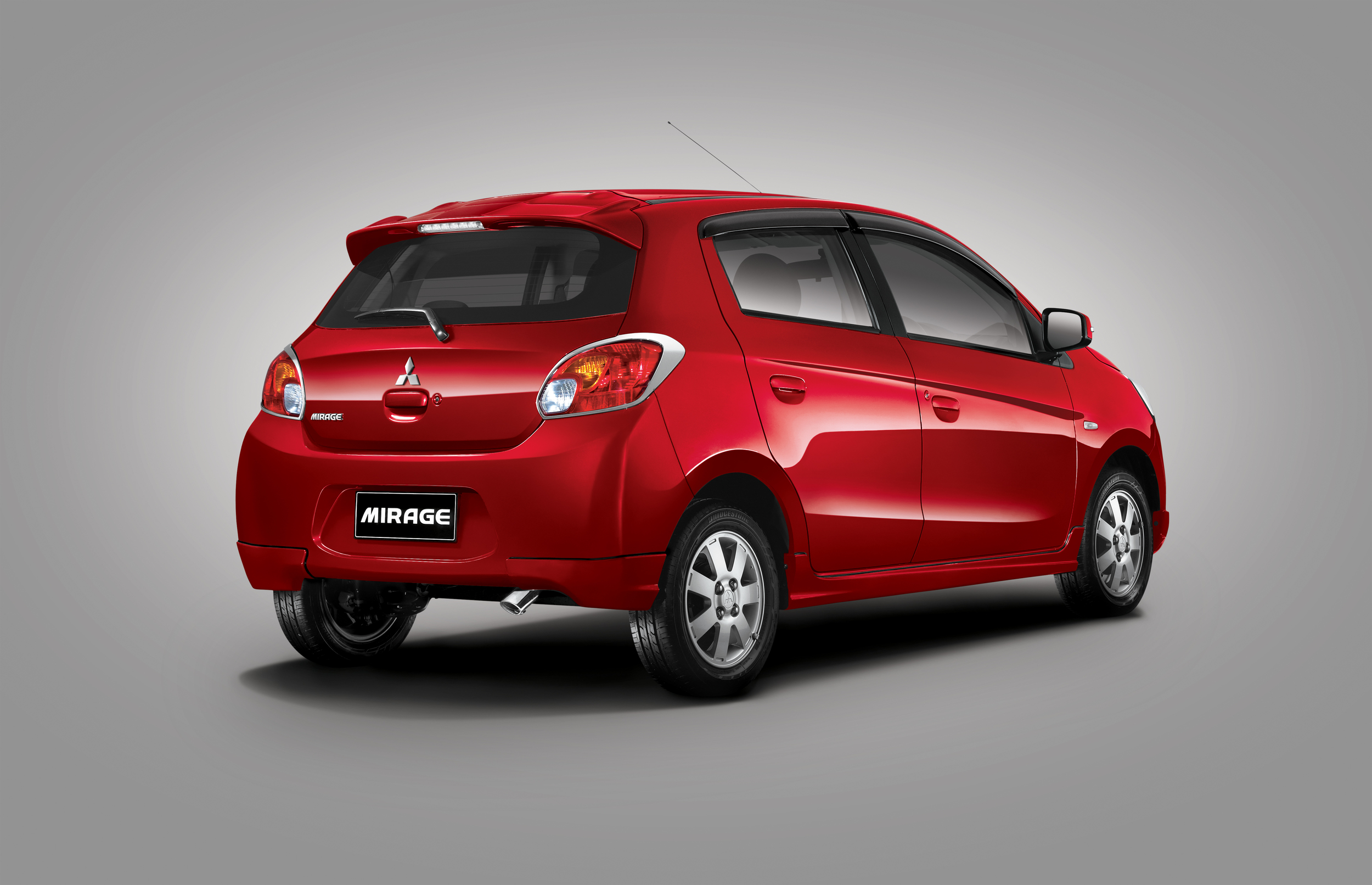 MITSUBISHI mirage belakang RED FINAL.jpg