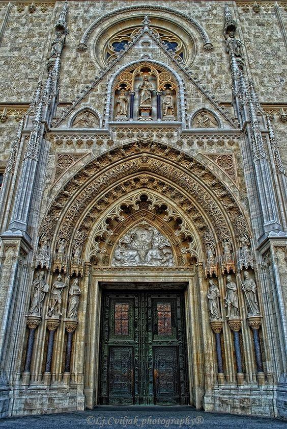 Cathedral Zagreb.jpg