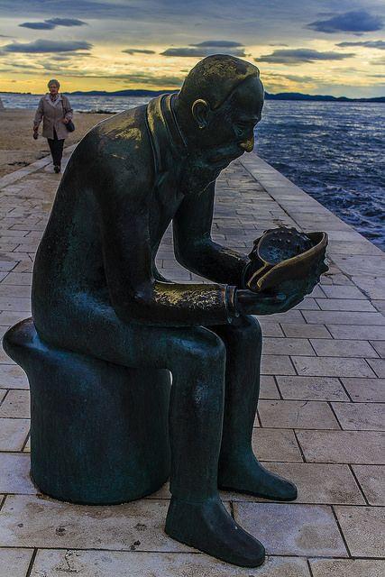 Statue_Zadar.jpg
