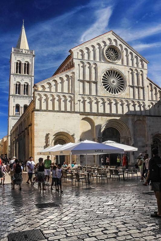 Cathedral_Zadar_2.jpg