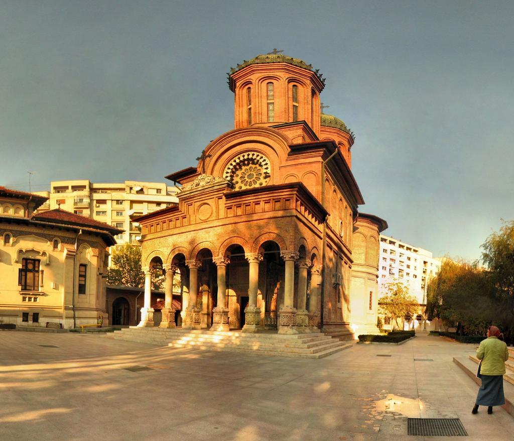 Bucharest_15.jpg
