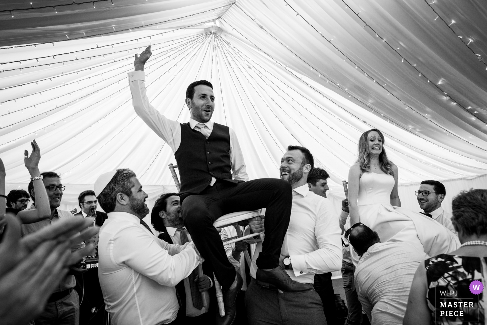 jewish wedding photography - jewish chair dance