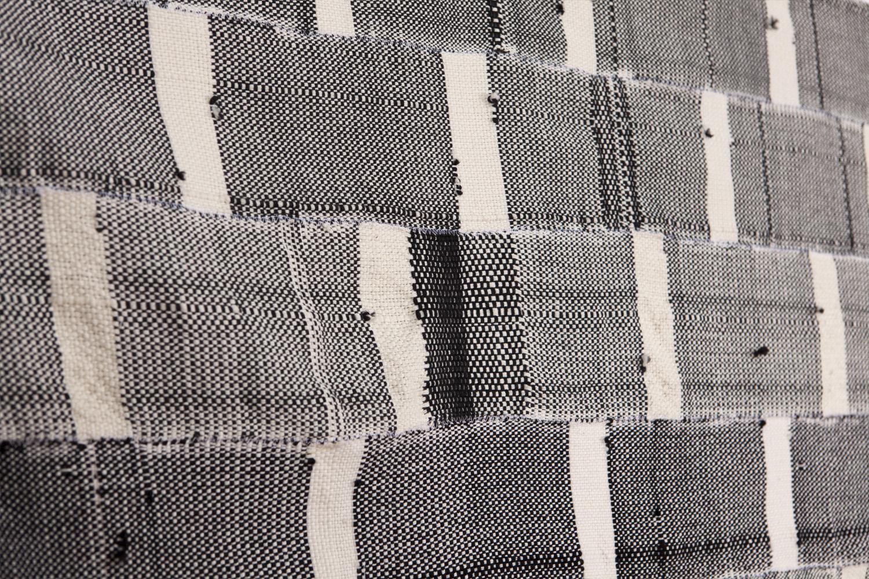 Weaving_Blk_4.jpg