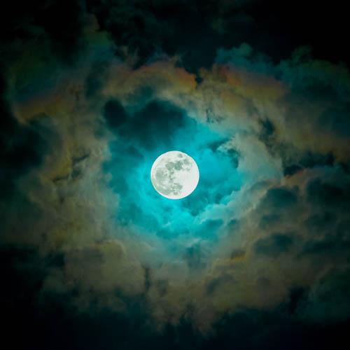 Haiku Moon