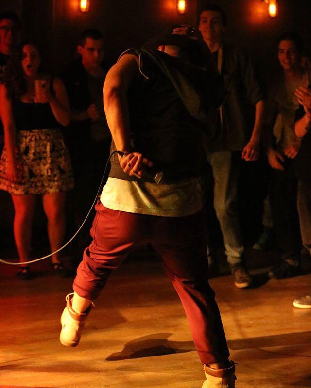 dance like your body's on fire  Photo:@skerrvy