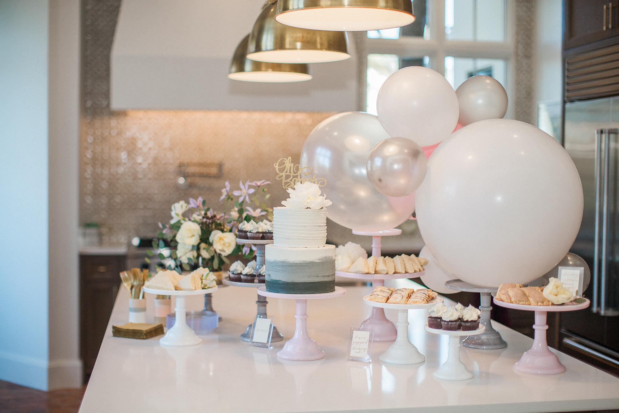 The final dessert table