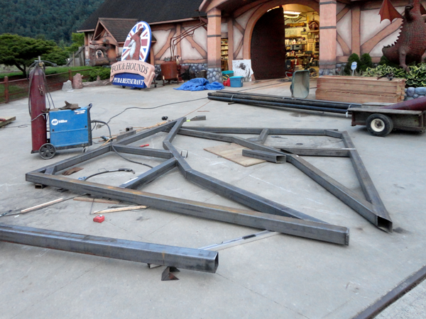 steel trusses.png
