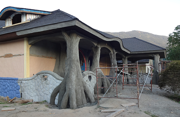 porch trees almost done 2.png