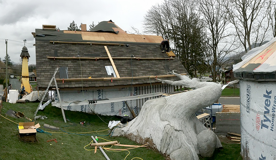 roof going on 1.png