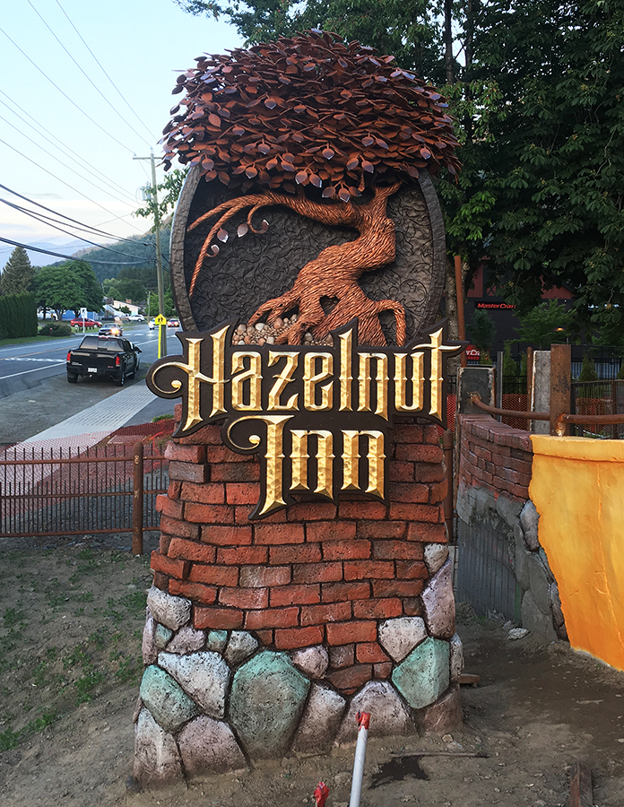 hazelnut inn sign 3.png