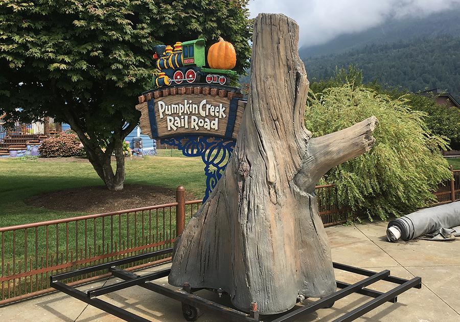 pumpkin creek railroad sign finished.png