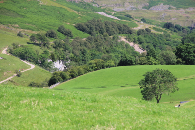 The outward route skirts the limestone gorge of the Swale below Keld