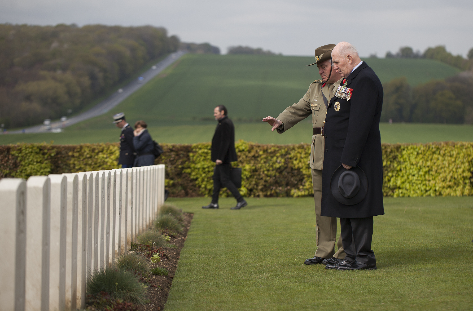 Wreath laying at original resting place of unknown Australian soldier