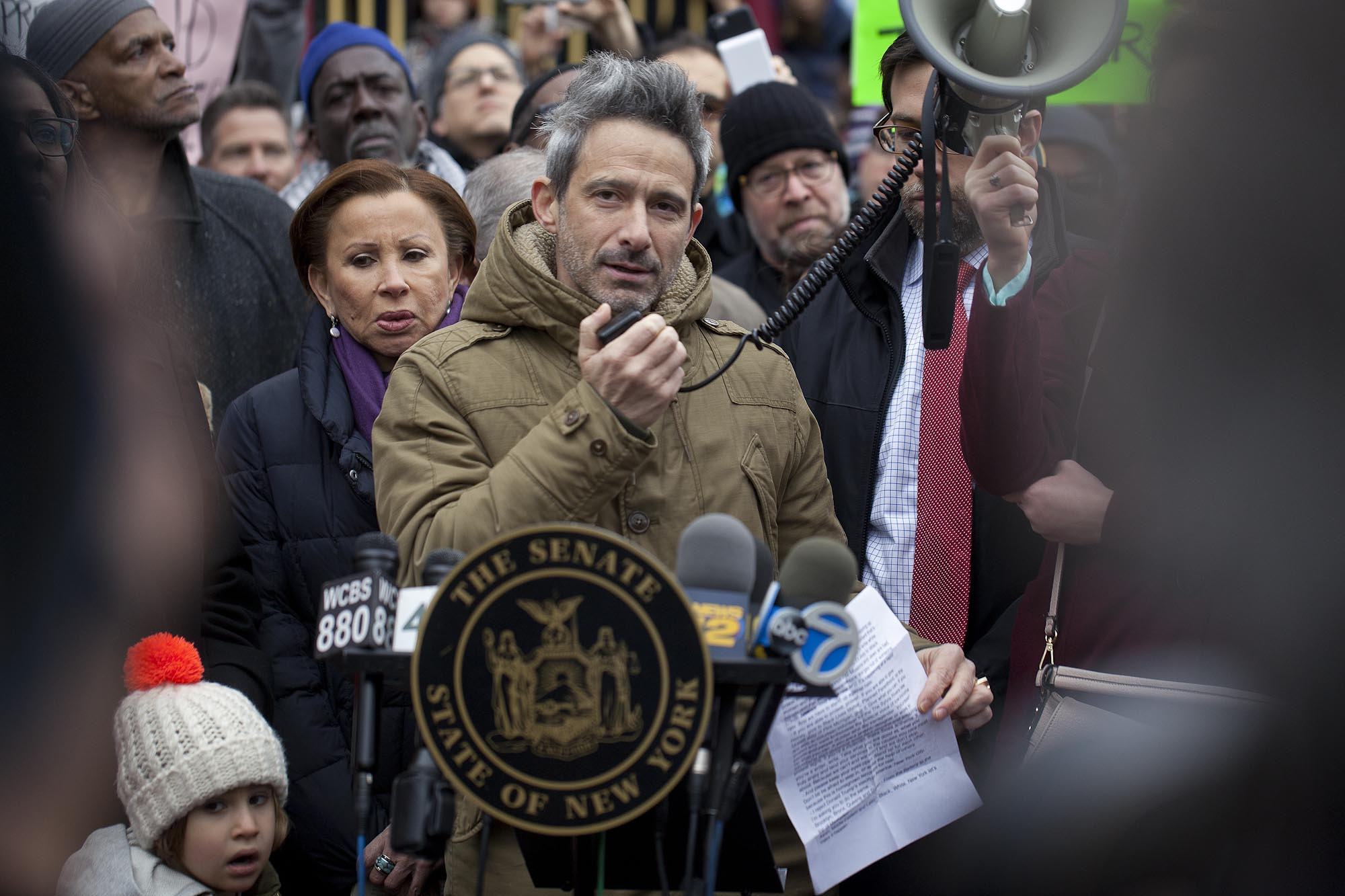 20.11.16: Ad-Rock (Beastie Boys) adressing a crowd of protesters after Adam Yauch playground in Brooklyn was vandalized with swastikas and pro-trump slogans.