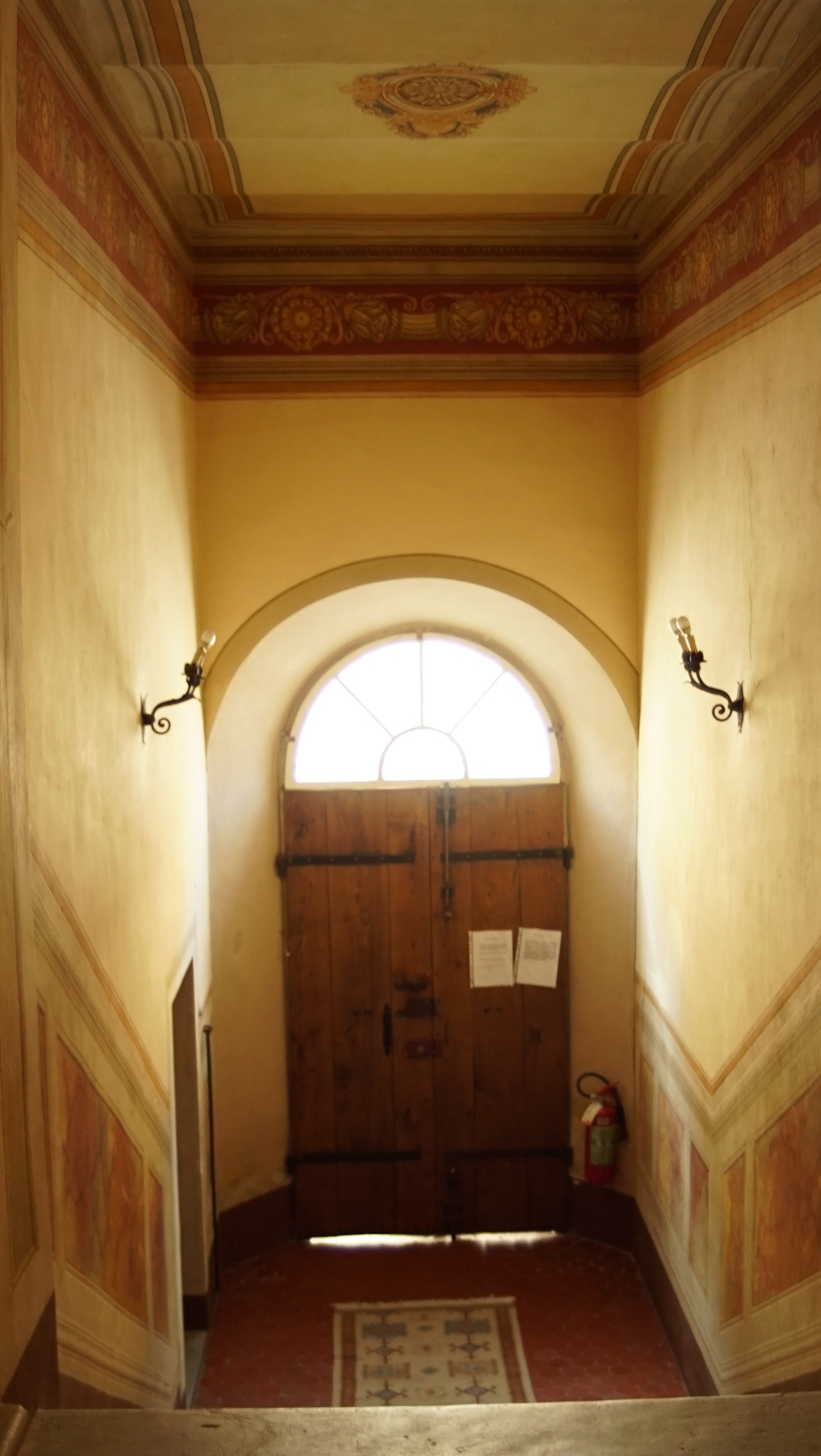 里吉纳宫入口大厅
