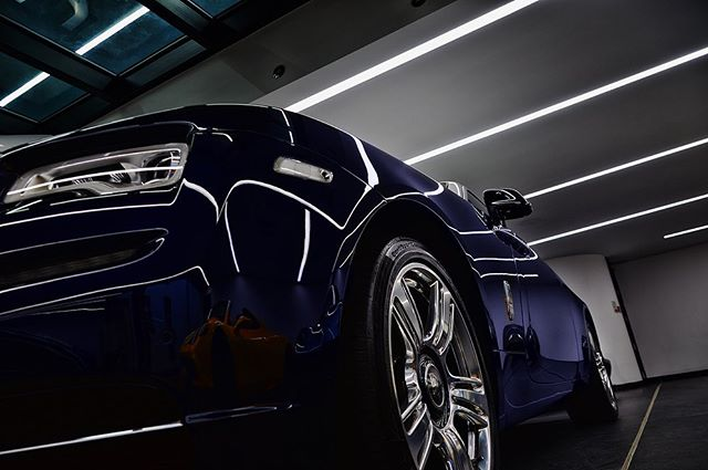 From a shoot at @tomhartleycars for @hacellighting who have installed the lighting for their amazing showroom, packed with some serious cars!  #professionalphotography #professionalphotographer #cars #carspotters #carsoftheday #sportscars #sportscarsmania #sportscarsociety #sportscarsofinstagram #rollsroyce #luxurycars #luxurycars_247_ #showroom #showroomdesign #lighting #lightingdesign #lightingdesigner #luxury #luxurylifestyle #carphotography #ferrari #twitter