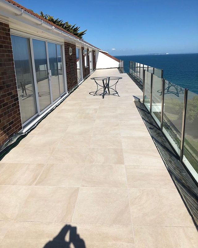 Grouting done👍🏼 From now to when we first started . . . . . . . . . . #balcony #tile #grout #tiling #design #living #house #home #luxuryhomes #luxuryhome #sea #sun #grouting #porcelain #balconyview #outside #sunshine #renovation #interiordesign #interior #architecture #architect #dorset #progress #instagram #tilingwork #exteriordesign #exterior #mapei #exteriordecor