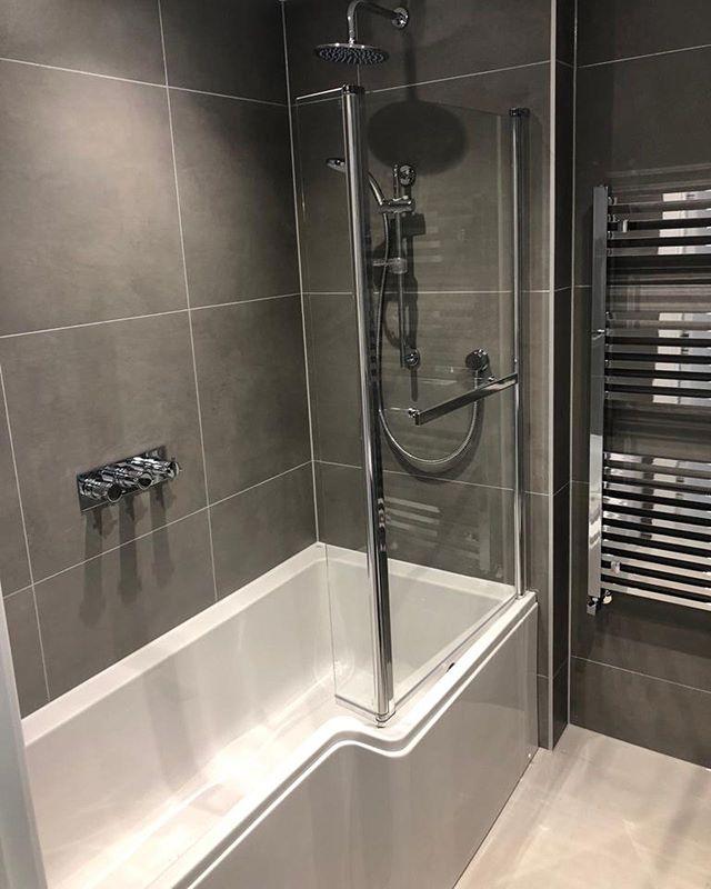 Finished Bathroom - Block of flats. Porcelain tiles supplied by @bocchettaceramica . . . . . . . . . . . . . #tiles #tile #tiling #tilingwork #design #style #living #luxuryliving #flats #apartment #luxury #luxuryhomes #luxuryhouses #luxuryhouse #bathroom #bathroomdesign #bathroomtiles #bathroomdecor #woodeffect #mymapeiproject #decor #dorset #bathroomtiles #instagram #renovation #newbuild #tileinstallation #interiors #interiordesign #architect #architecture