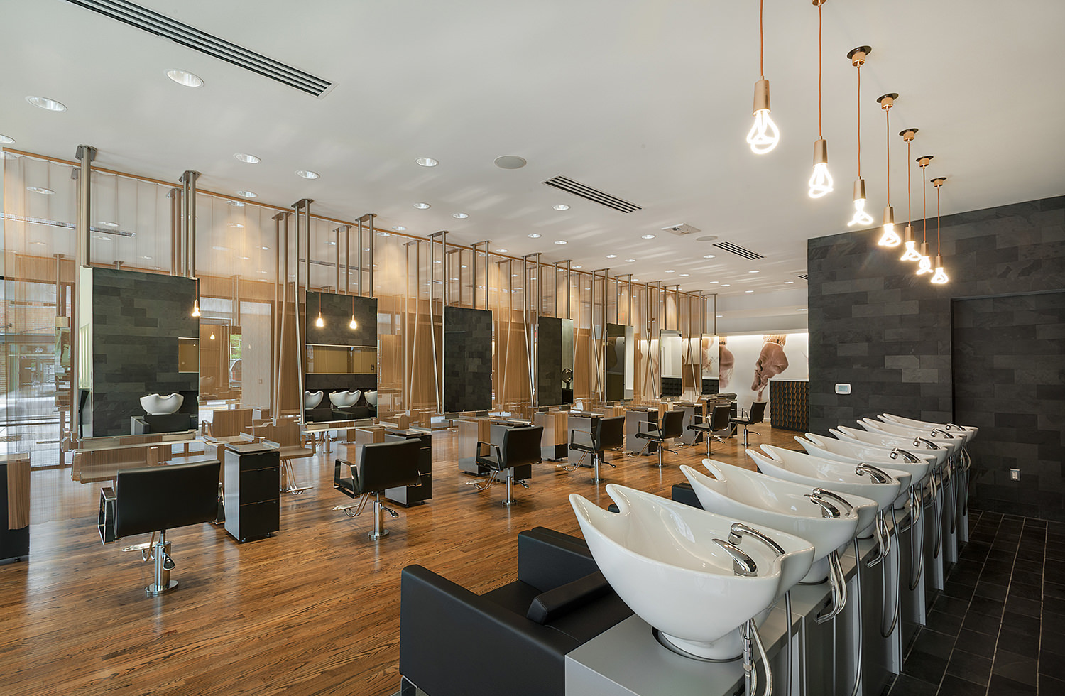 Tips for Selecting Stylish and Quality Salon Equipment and Furniture