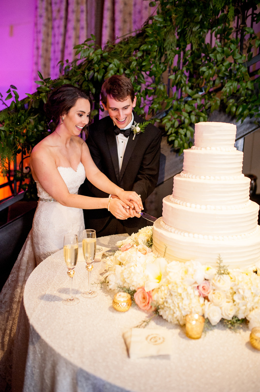 Mississippi wedding cake flowers