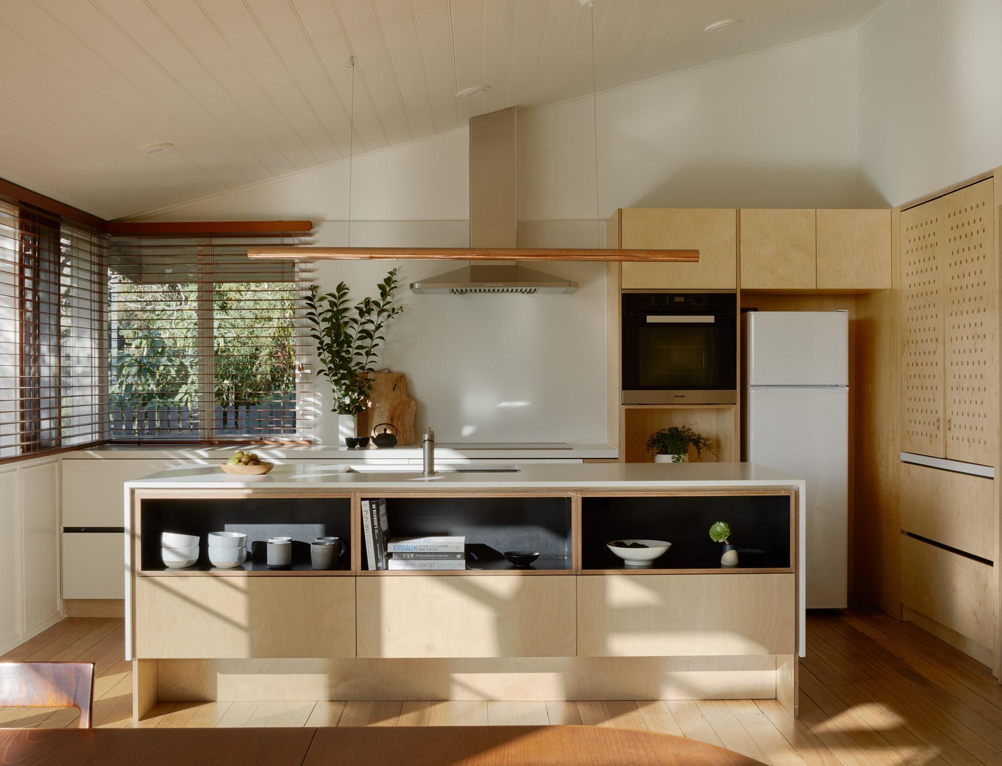 OOF! Architecture_Breamlea_©Tatjana Plitt_0205.jpg