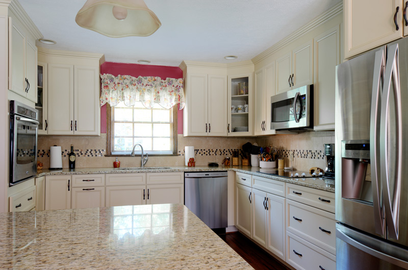 Kitchen Island, Granite Countertops, White Cabinets, Slow Close Cabinet Drawers, Kitchen Remodel
