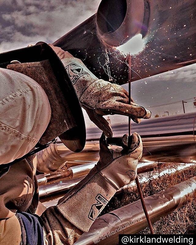 "#repost Little 4"" olet on 10"" pipe , Little sucker takes alot of weld 👊#weldernation #arcempire #theweldlife #pipewelder #lincolnwelders #oilfield #lincolnelectric #pointonepercenter #weldeverydamnday #stickwelding #weldmafia #flexaprene #lapco_fr #arcwelding #welding #caliwelders #weld #arcaddicts #weldingislife #weldingisfuckingawesome #stackingdimes #blackstallionwelding"