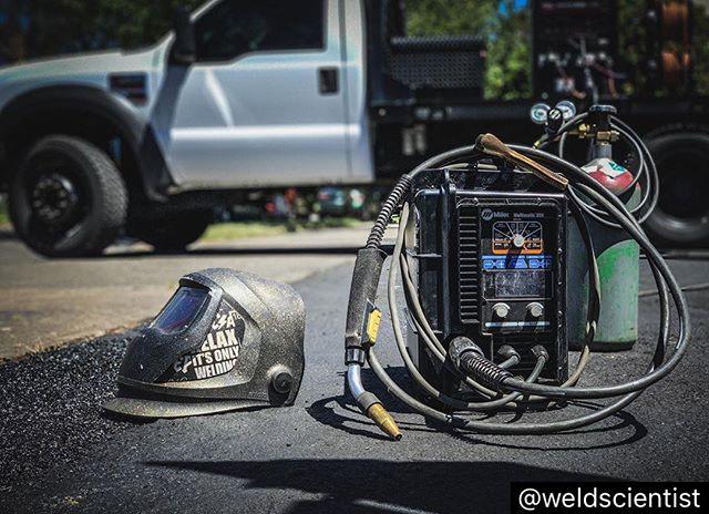 #repost |Short Circuit Setup| Resist⋆Complacency Ω #WeldScience #WeldPorn #iLoveWelding #Science #Scientist #WeldLife #Welder #Welding #Fabricator #SaveTheTrades #CentralWeldingSupply #TorchWear #Speedglas #Flexaprene