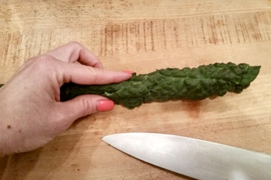 remove stem from the kale - sunny side kale goodness - www.newtritionny.com