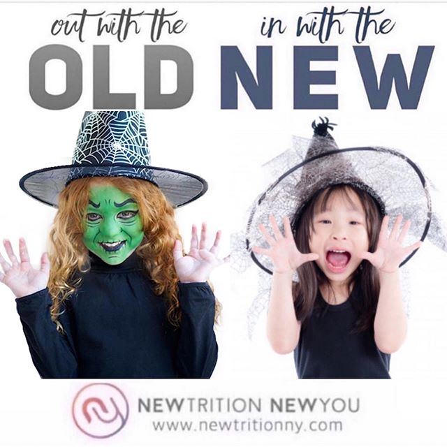 LET'S TALK HALLOWEEN MAKEUP🧟‍♀️ Halloween is around the corner & it's time choose a costume for your little one(s). Whether witches, goblins, kitties, or the Joker, you'll agonize over the perfect outfit and watch a mass of YouTube face painting tutorials to get it just right. Look out Instagram! . 📖This is an abbreviated version of my blog. To read it in full, 👆tap on the link in my bio & then click this image. . SO WHAT'S SO BAD HALLOWEEN MAKEUP?💁‍♀️ It commonly contains heavy metals like lead, known carcinogens (i.e., cancer-causing ingredients), & hormone disruptors. These are harmful to adults, but especially dangerous for young, developing bodies. . So let's take a look at some of the scariest ingredients in the face paints & kids makeup that you will be slathering all over your child in a couple of weeks (the % of products that tested positive for each chemical is in parentheses below): . 🚫 ARSENIC (8%) 🚫 LEAD (20%) 🚫 CADMIUM (30%) 🚫 CHROMIUM (27%) 🚫 PARABENS (34%) 🚫 FORMALDEHYDE (3%) 🚫 VOLATILE ORGANIC COMPOUNDS (VOCs) (25%) 🚫 ETHOXYLATED INGREDIENTS (28%) 🚫 TALC (18%) 🚫 FRAGRANCE (50%) 🚫 SILICA (13%) . If you don't think these are scary, just check out the whole blog on my website (link in bio). . READY FOR THE CLEAN SWAP?🙋‍♀️ Yes, there ARE alternatives!!! . 🤡Stick to costumes that don't require face paints or makeup 🧟‍♀️Avoid using darkly pigmented products ✨If make up is required, make sure it's a clean brand, without harmful ingredients 🦹‍♂️Try a DIY face paint recipe or enhancing the costume with a mask, ears, or other accessories . . . . . #knowbetterdobetter #cleanswap #swapitout #ditchandswitch #outwiththeold #inwiththenew #outwiththeoldinwiththenew #healthieroptions #switchtosafer #safeswap #healthierchoices #fitfam #healthylifestyle #toxinfree #toxinfreeliving #toxinfreelife #saferbeauty #kidsmakeup #parenting #healthykidscommunity #facepaintingkids #halloweencostumeideas #halloweenfacepaint #halloweenmakeupideas #halloweenkidscostumes #fitmomlife #heavymetalpoisoning #kidshalloweenmakeup #kidshalloweencostume #kidsfacepainting