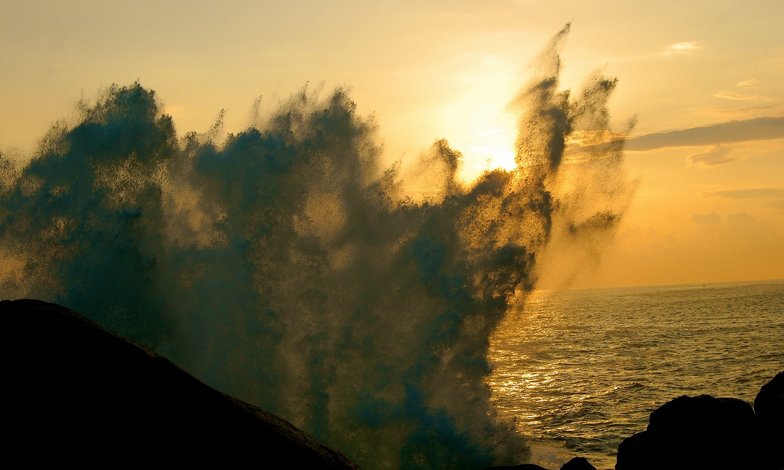 Lanka Wave sunset_0563.jpg