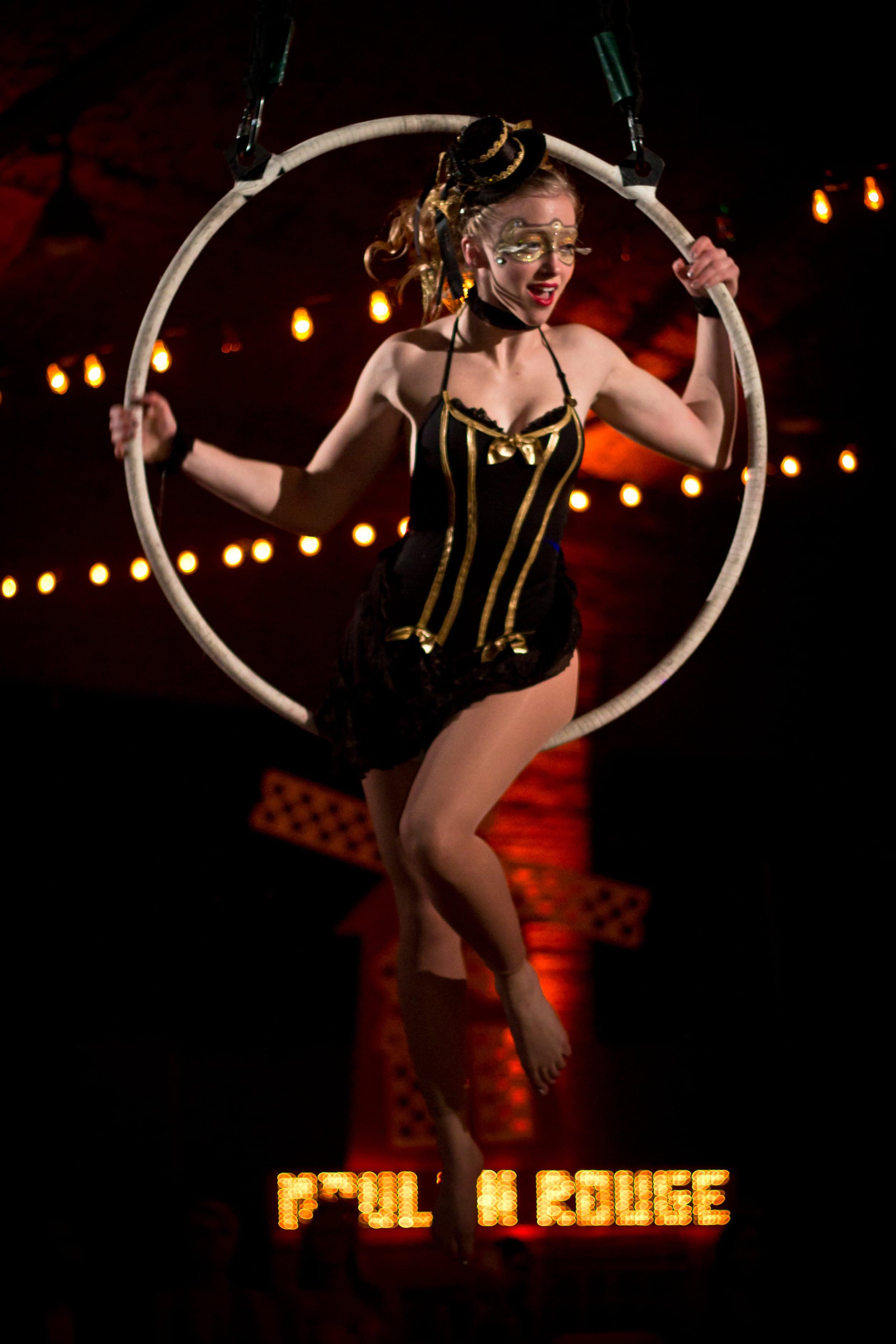 Aerial Hoop, Lyra