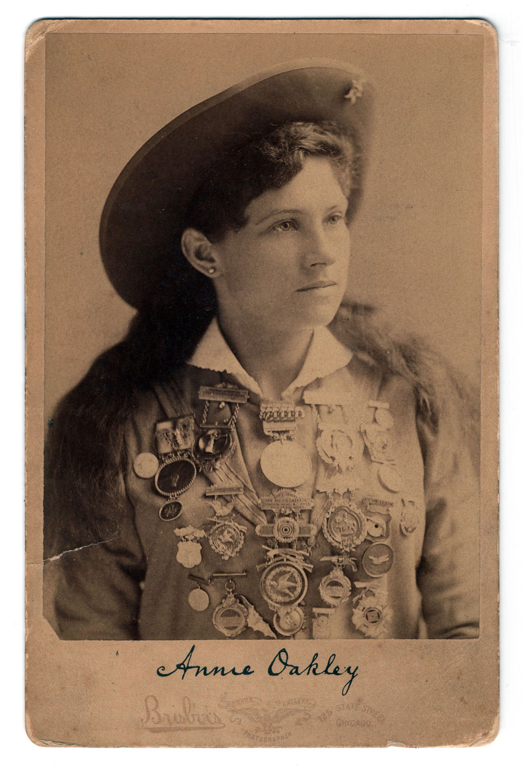 Annie Oakley Cabinet Card - Lot 382