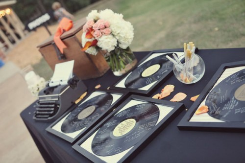 record-guest-book-hifiweddings.jpg