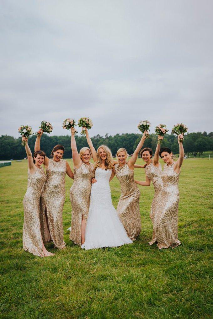 4-Gold-Glitter-and-Metallic-Wedding-by-Benjamin-Stuart.jpg