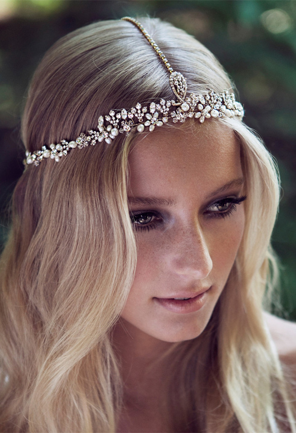 boho-themed-wedding-hairstyle-ideas-with-romantic-headpieces.jpg