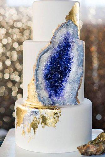 geode-wedding-cakes-intricate-icings-cake-design-334x500.jpg