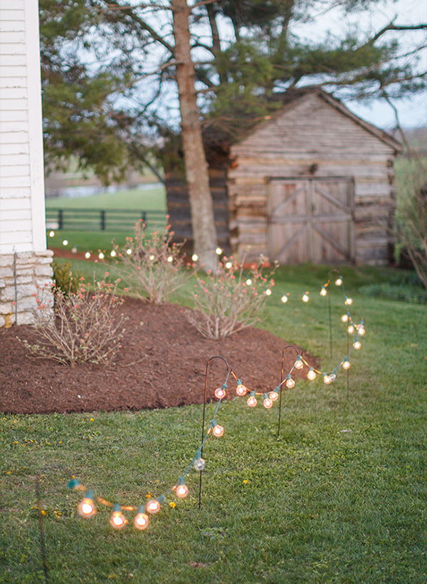 backyard-wedding-decoration-ideas-with-lights.jpg