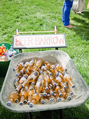 wedding-bar-ideas-to-serve-drinks-for-backyard-weddings.jpg