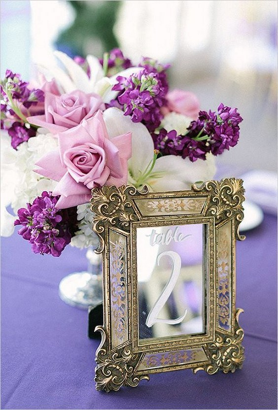 wedding-table-number-idea-RomaBea-Images-via-Wedding-Chicks.jpg