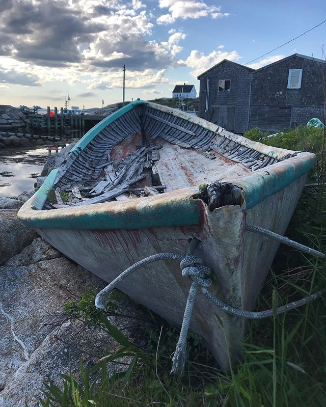Old boat in Nova Scotia on my most recent IBC trip. 3 glorious weeks of lobster rolls and beautiful coasts. #ibc #novascotia #beachcombing #seaglasshunting #seaglassartist