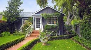 <h3>Montecito</h3>$1,900,000