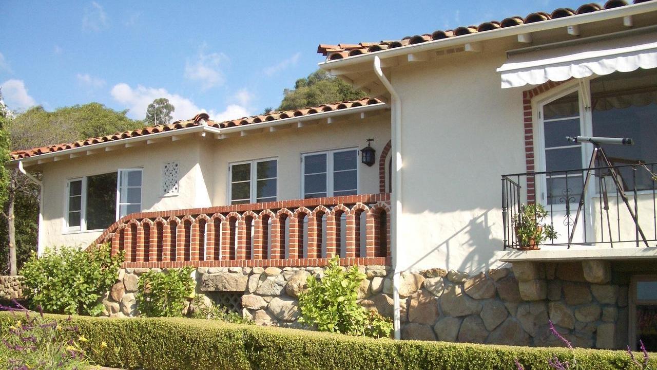 <h3>Santa Barbara</h3>$1,975,000