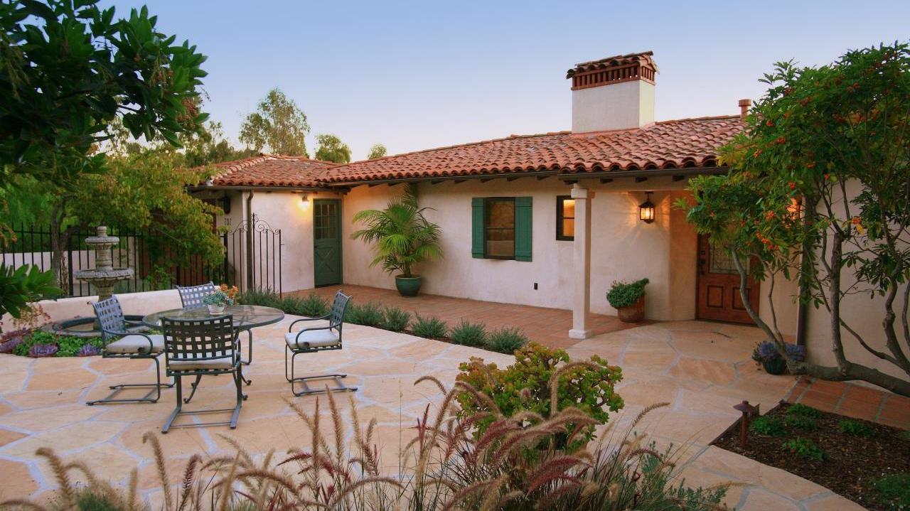 <h3>Santa Barbara</h3>$2,150,000