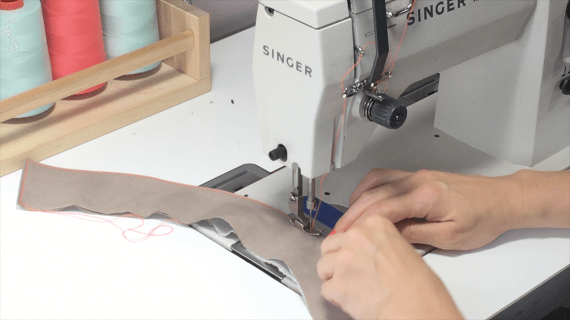 In this written and video tutorial, I will walk you through the steps to construct a collar and attach and sew it to the shirt in one sewn step. Click through to watch and learn!