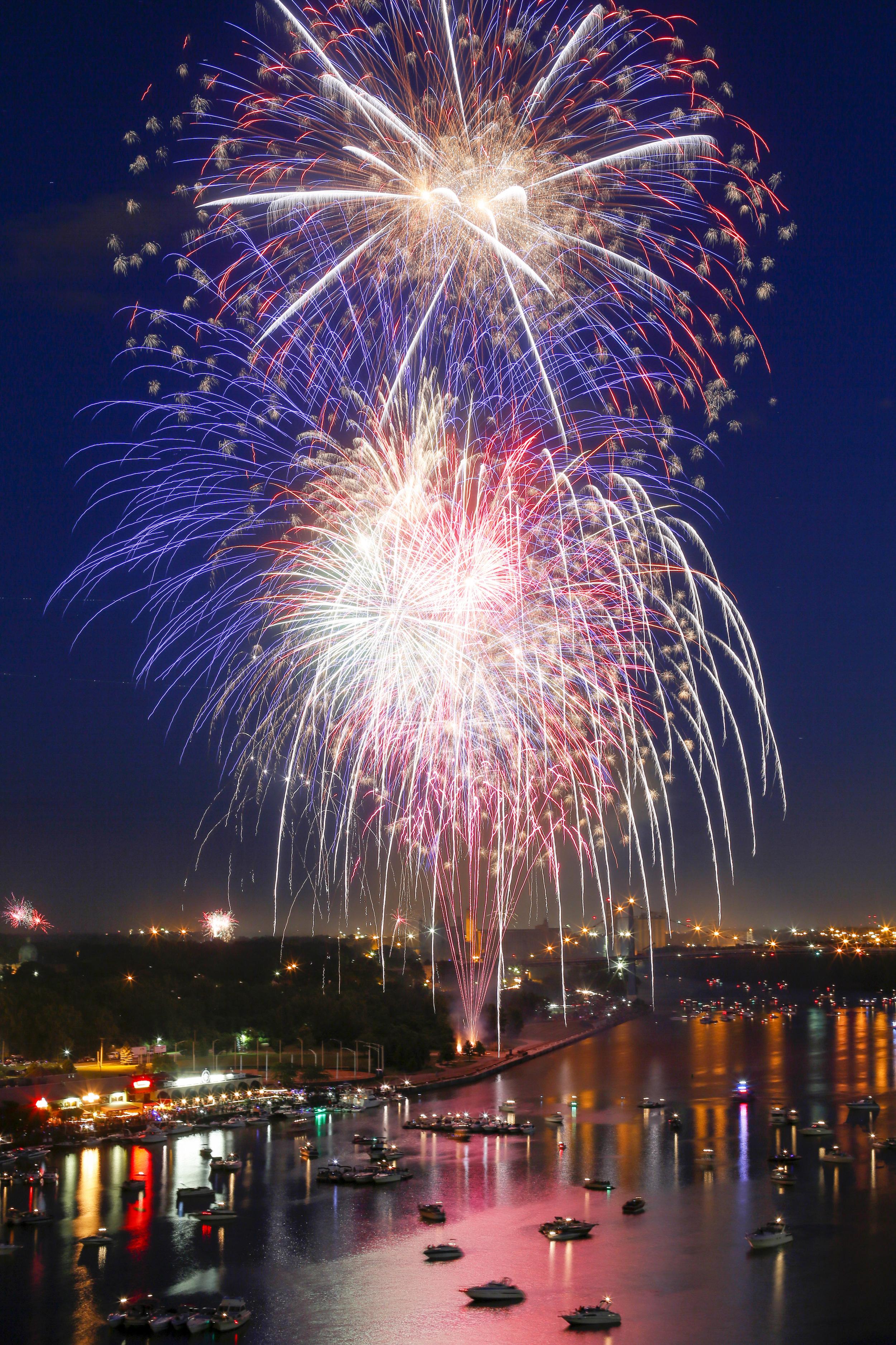 CTY_fireworks05p IG.jpg