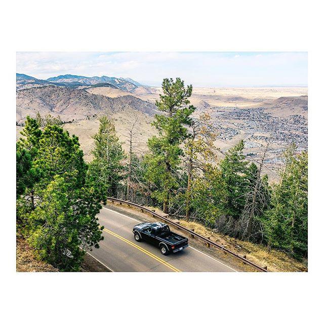 Looking out on lookout mountain. . #walkwithlocals #WWLxDenver #FujifilmX_US #X100F #MyFujifilm #Fujifeed #natgeoyourshot #TheyShootn