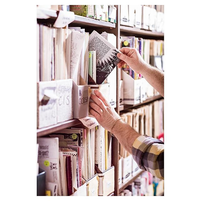 I was recently sent on assignment to the Denver Zine Library (@denverzinelibrary), a space dedicated to the culture and art of Zine making. . The article is now out in the April issue of 5280 (@5280magazine). Check it out in stores, and see more photos on my website. The link is in my bio. . . . . . #onassignment #5280magazine #denverzinelibrary #denverzinefest #zinefest #zines #walkwithlocals #FujifilmX_US #Fujifeed #XT2